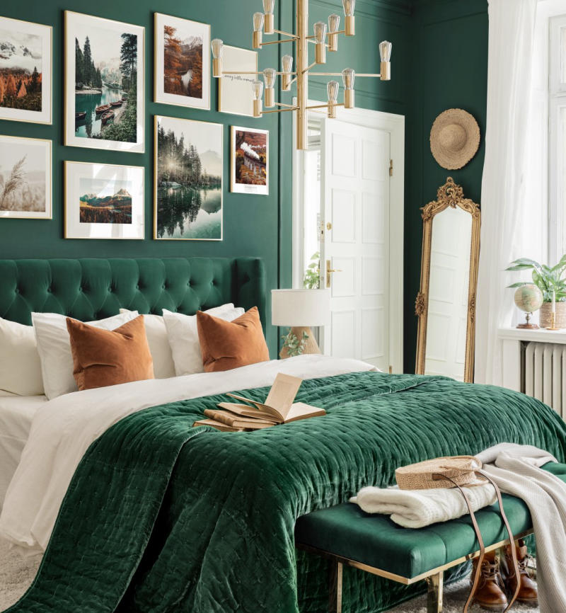 Phòng ngủ màu xanh lục bảo emerald green
