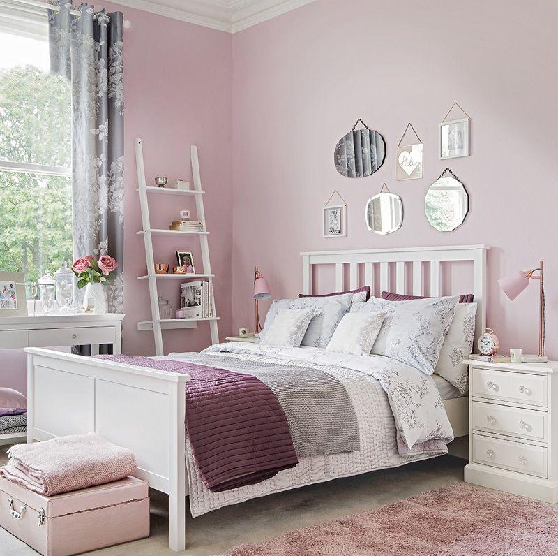phòng ngủ màu hồng tím