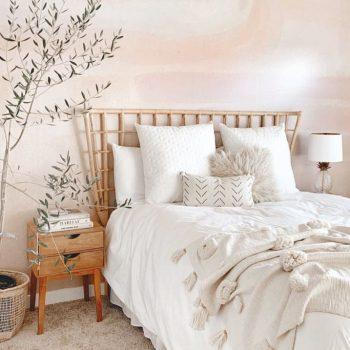 phòng ngủ màu trắng kem