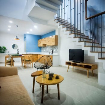 mẫu thiết kế phòng khách liền bếp